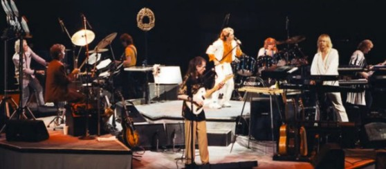 Yes-Live